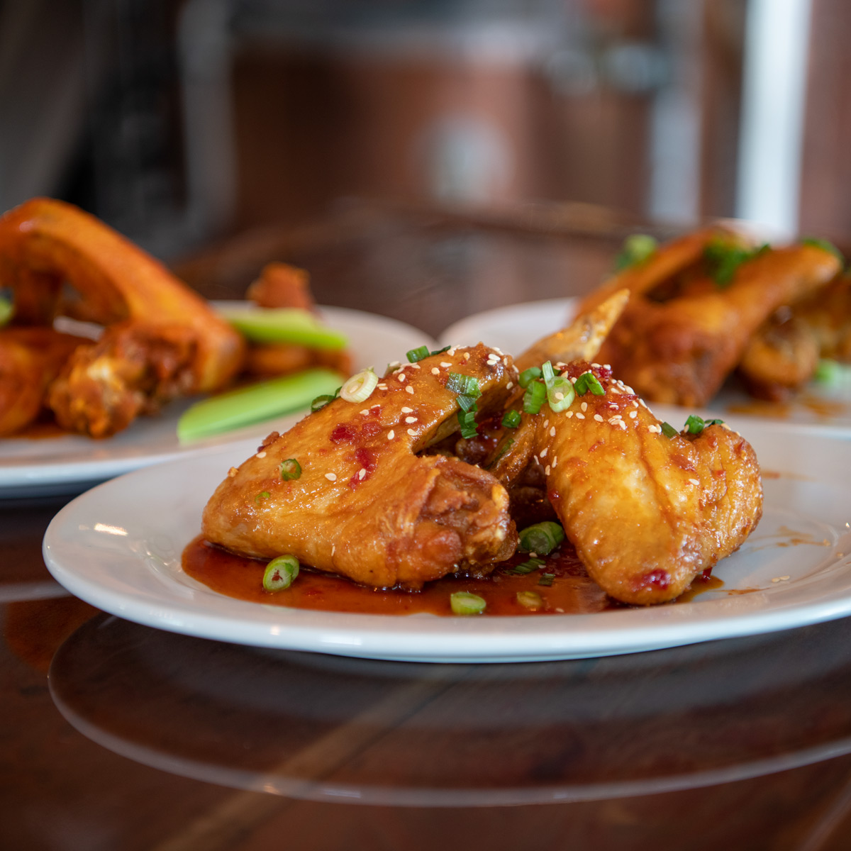 WOLF HOUSE CHICKEN WINGS